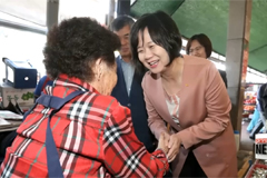 Korea's rival parties reach out to citizens ahead of extended break
