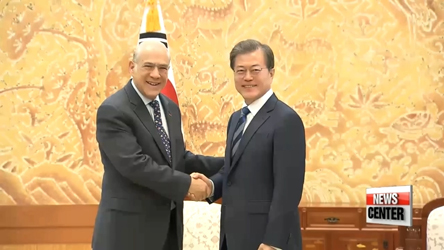 OECD chief, S. Korean pres. see eye-to-eye on need to address population challenges, inclusive growth