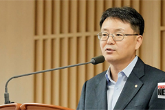 Finance Minister: N. Korean missile launch will have limited impact on financial market