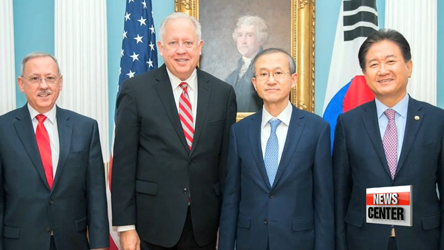 S. Korea, U.S. agree to continue deploying U.S. strategic assets to region