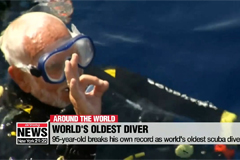 95-year-old breaks his own record as world's oldest scuba diver