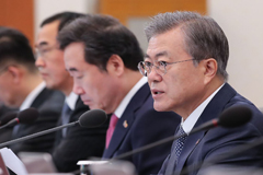 President Moon points out manufacturing sector that needs more push