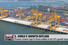 Finance minister says Korea is unlikely to hit 2.4% growth target