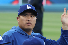Ryu Hyun-jin heads to open market as LA Dodgers collapse in postseason