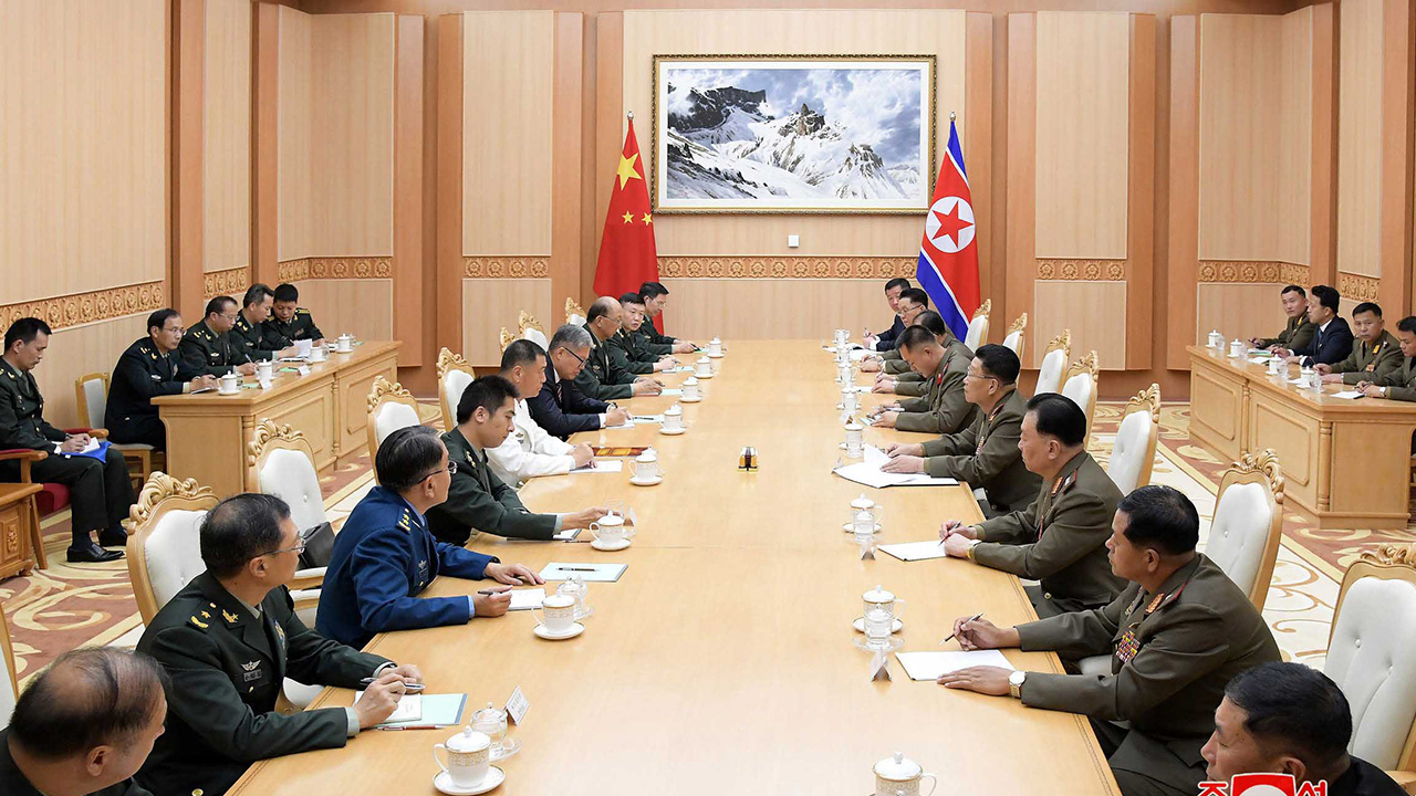 Senior N. Korean, Chinese military officials willing to further strengthen bilateral ties