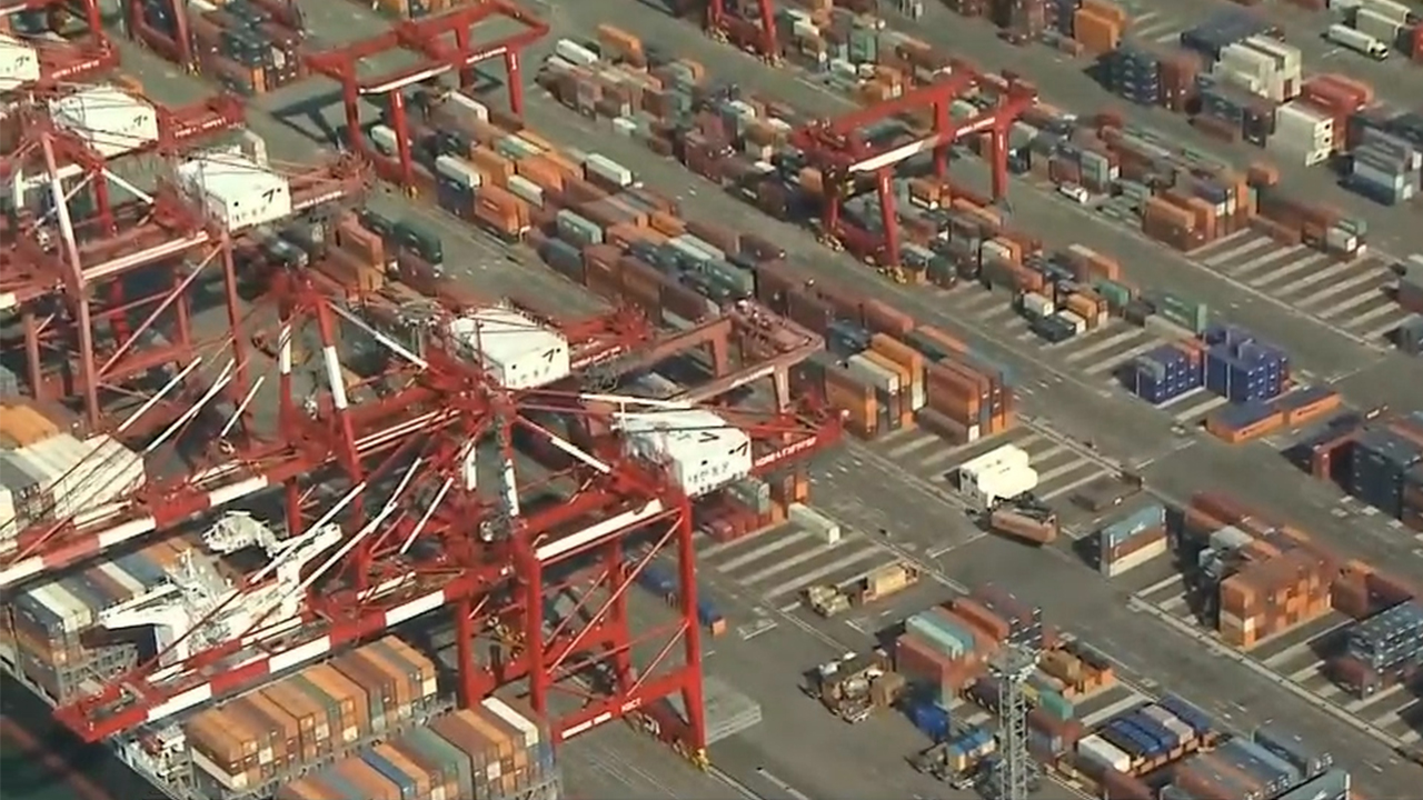 S. Korea's sluggish trend of exports and investment continues with slowing global trade