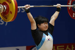 S. Korea weightlifter Kim Han-sol wins 3 silver medals at youth competition held in Pyeongyang