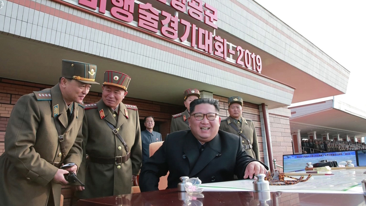 N. Korean leader Kim Jong-un attends flight contest by regime's