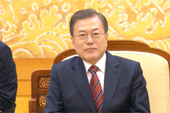 GSOMIA 'difficult' to keep amid Japan's distrust: Moon