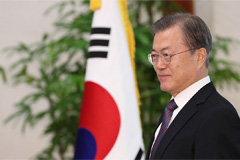 President Moon to hold 'candid talks' with public through televised town-hall meeting