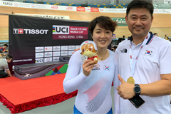 Lee Hye-jin becomes first Korean track cyclist to win World Cup gold in Women's Keirin