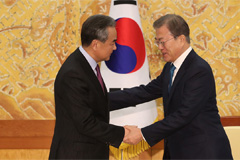 S. Korea, China to continue joint efforts on establishing peace on Korean Peninsula