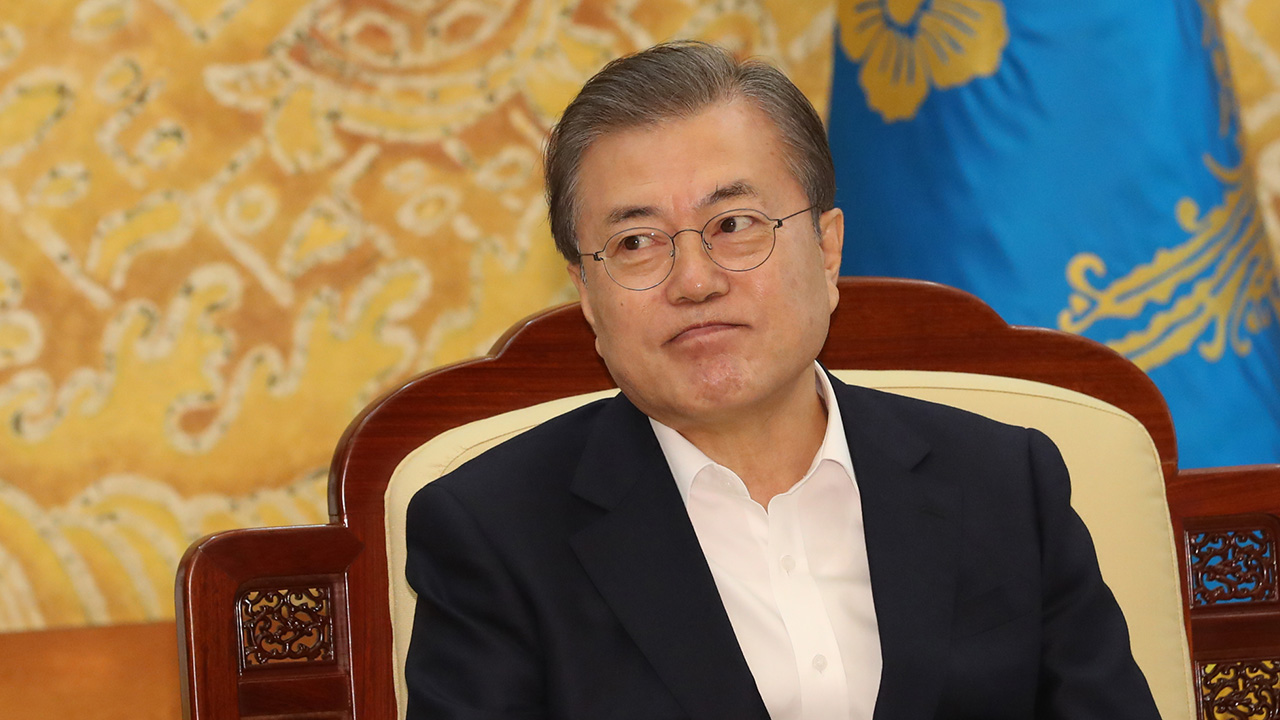 Moon says Korean people's desire for peace has grown since Germany's unification