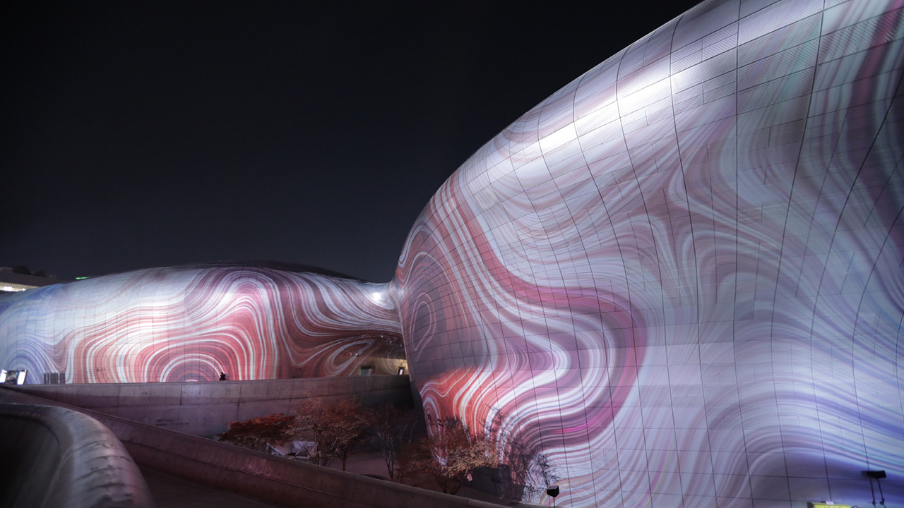 Картинки по запросу dongdaemun plaza new year projection