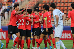 S. Korea beat Uzbekistan 2-1 to win group at Olympic football qualifying tournament