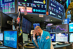 Global stocks plunge amid mounting concern over coronavirus