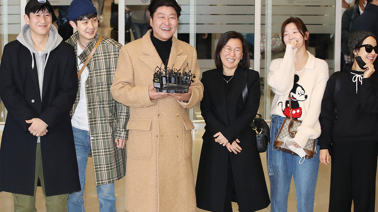 Director, cast of Oscar-winning film 'Parasite' to hold press conference in Seoul