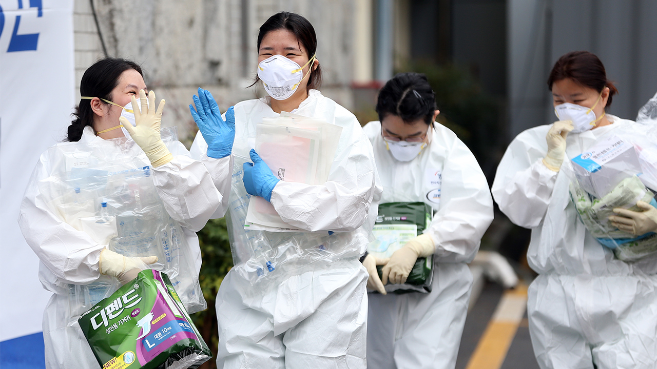 S. Korean medical firms to donate 1.5 mil. safe syringes amid COVID-19 pandemic
