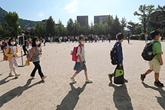 S. Korean schools advised to open windows twice an hour to ventilate classrooms