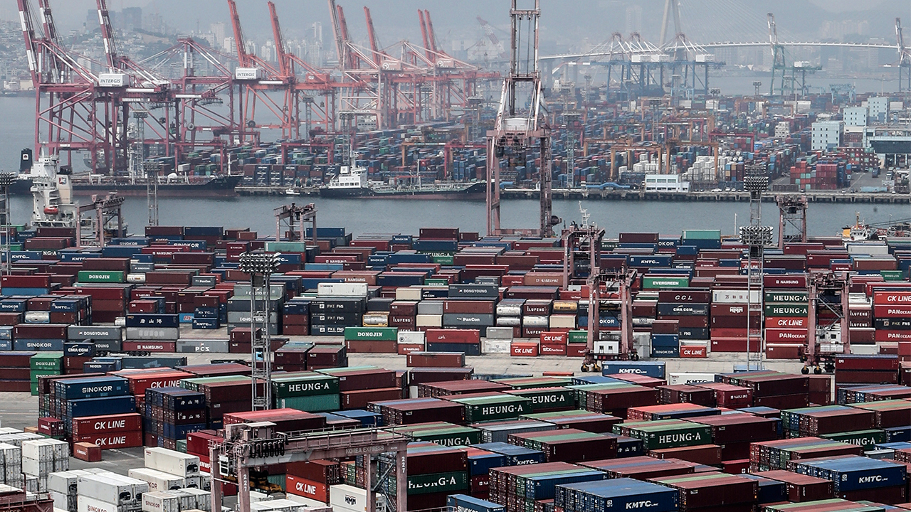 S. Korea's current account records largest deficit since 2011