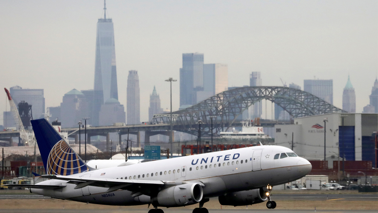 U.S. to ban Chinese airlines flying to U.S. in retaliation for same restriction by Beijing