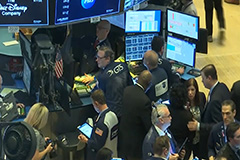 Wall Street stocks plunge on fear of COVID-19 second wave