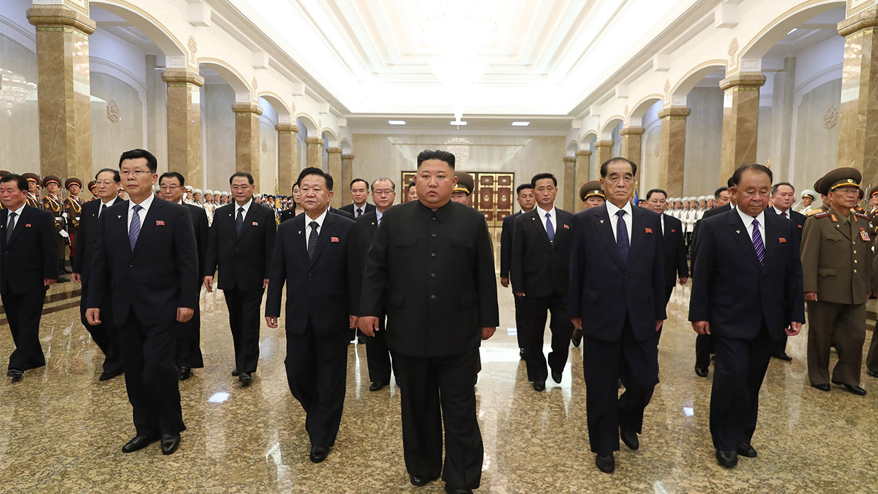 Kim Jong-un pays respect to N. Korea's founder, his grandfather; ahead of 26th anniversary of death