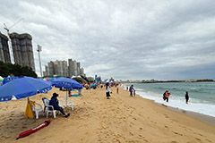 S. Korea to ban drinking alcohol, eating at beaches starting July 25