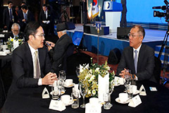 Samsung, Hyundai Motor heirs discuss cooperation over electric, driverless cars