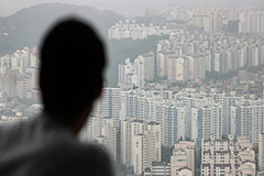 More than 12 years to buy home in Seoul even if all paychecks were saved: Data