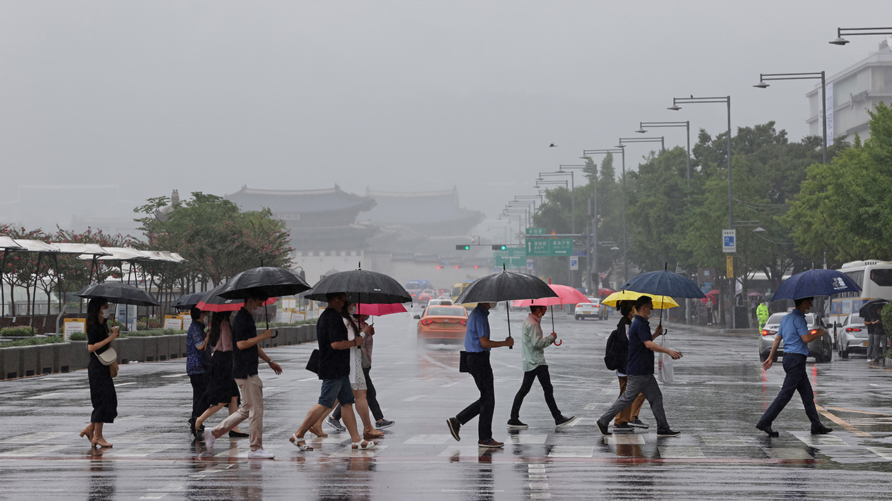 S. Korea continues to see heavy rainfall for 49 consecutive days