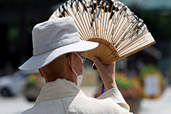 S. Korea sees surge in heat-related illnesses amid heat wave advisories, warnings