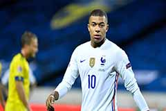 Star striker Kylian Mbappe becomes 7th PSG player to contract COVID-19