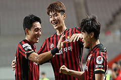 Ki Sung-yueng earns first K Le