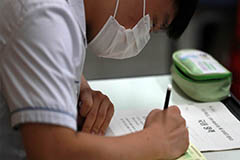 Final mock test before college entrance exam goes ahead with strict quarantine measures