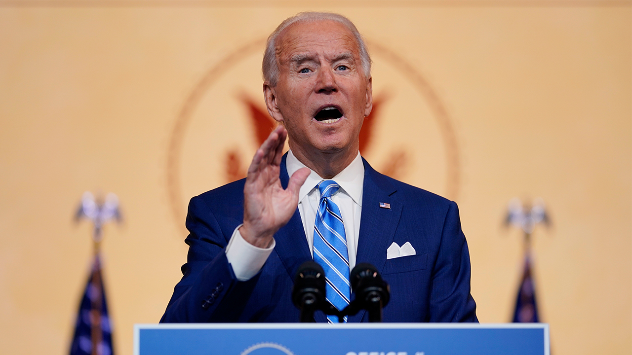 Biden calls for unity in fighting COVID-19 in his pre-Thanksgiving speech
