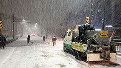 Frozen roads due to heavy snowfall cause chaos in S. Korea