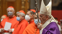 Pope Francis, former Pope Benedict XVI get first shot of Pfizer COVID-19 vaccine