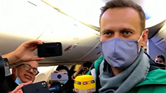 Alexey Navalny detained on ret