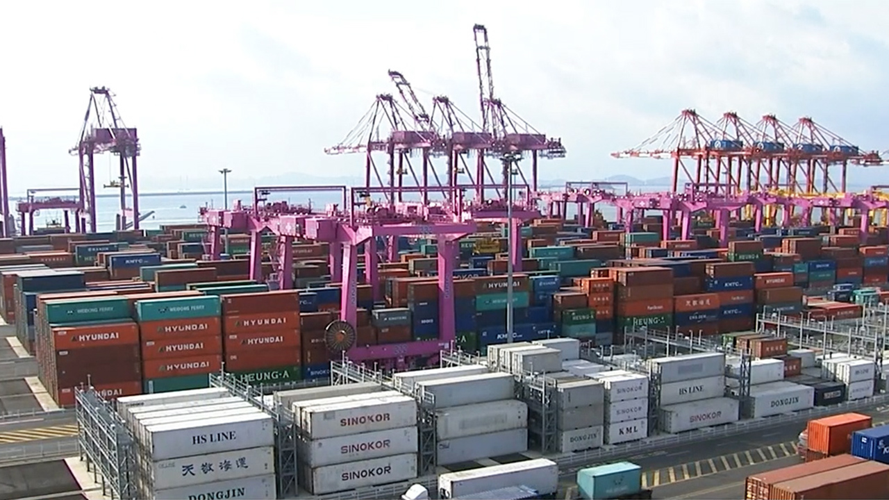 S. Korea's exports jump 10.6% y/y in first twenty days of January