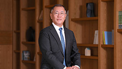Hyundai chairman visits Singapore to discuss future mobility sector