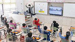 Schools in S. Korea open to hold in-person classes for younger elementary school grades