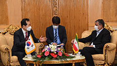 Seoul willing to support multilateral talks on Iran's nuclear deal: S. Korean Prime Minister
