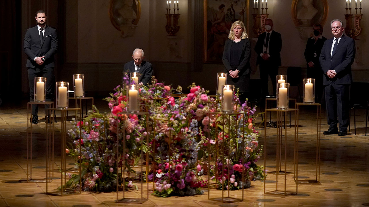 Germany holds memorial event for COVID-19 victims, Japan reports over 4,000 cases for fifth consecutive day
