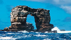 Famous natural stone formation, Darwin's arch, collapses due to natural erosion