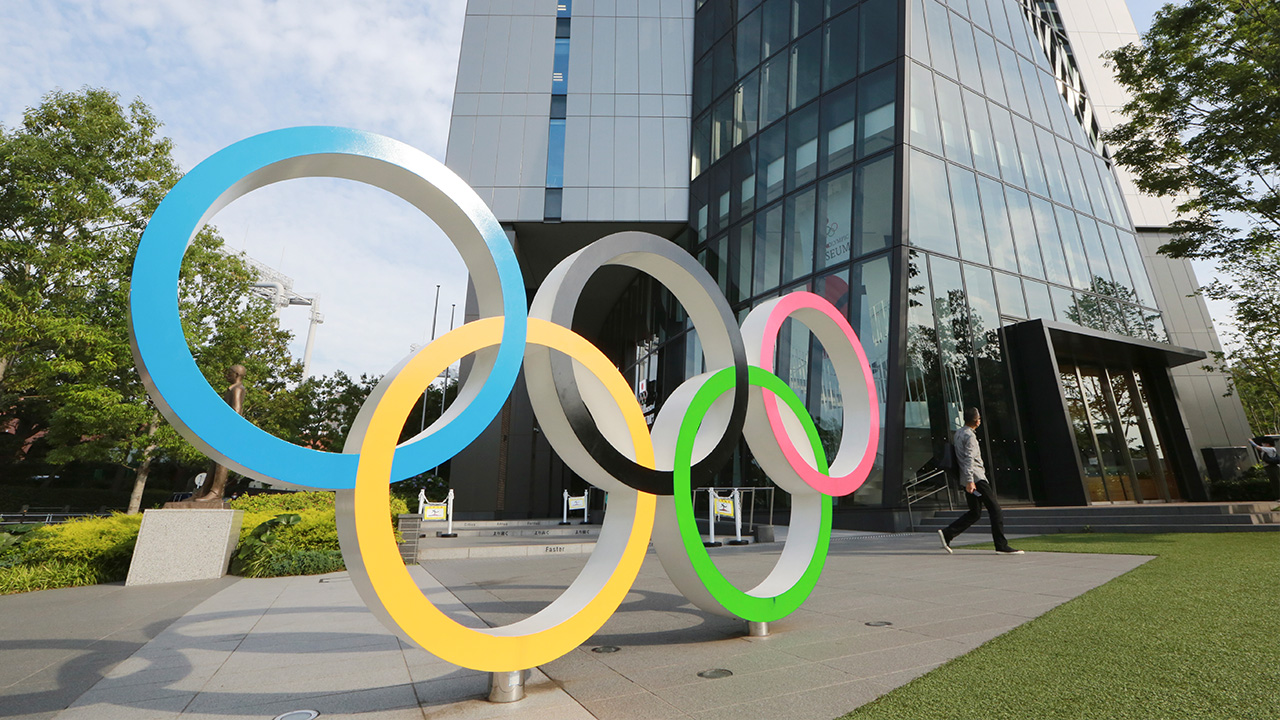 Japan plans to increase capacity caps at Olympic venues to 10,000