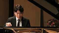 Winner 2015 Chopin competition Cho Seong-jin back with Chopin's pieces