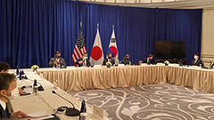 S. Korea, U.S., Japan FMs discuss complete denuclearization of Korean Peninsula on the sidelines of UN General Assembly