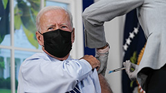 Biden receives booster shot to encourage vaccination for U.S. citizens
