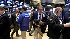 U.S. stocks rally with finance firms reporting earnings surprise